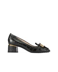 Zapatos de tacón de cuero con adornos negros de Tod's