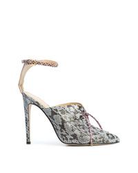 Zapatos de tacón de cuero con print de serpiente celestes de Chloe Gosselin
