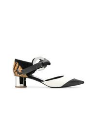 Zapatos de tacón de cuero con print de serpiente en negro y blanco de Proenza Schouler