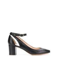 Zapatos de tacón de cuero con recorte negros de Tila March