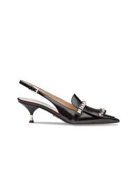 Zapatos de tacón de cuero con tachuelas negros de Prada
