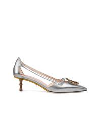 Zapatos de tacón de cuero con tachuelas plateados de Gucci