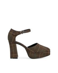 Zapatos de tacón de cuero de tartán en marrón oscuro de Nicole Saldaña