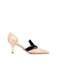 Zapatos de tacón de cuero en beige de Prada