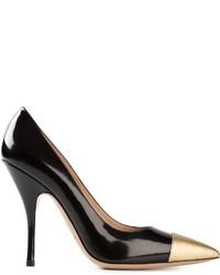 Zapatos de tacón de cuero en negro y dorado