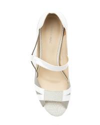 Zapatos de tacón de cuero grises de Mara Mac