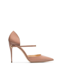Zapatos de tacón de cuero marrón claro de Jennifer Chamandi
