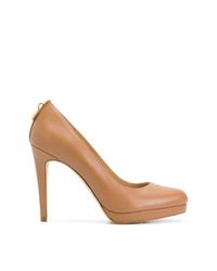 Zapatos de tacón de cuero marrón claro de MICHAEL Michael Kors