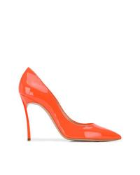 Zapatos de tacón de cuero naranjas de Casadei