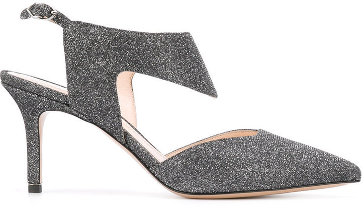 Zapatos de tacón de cuero plateados de Nicholas Kirkwood