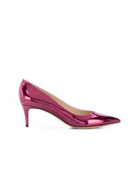 Zapatos de tacón de cuero rosa de Giorgio Armani