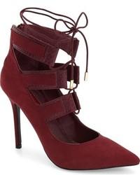 Zapatos de tacón de encaje burdeos