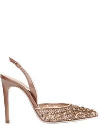 Zapatos de tacón de encaje con adornos en beige