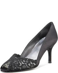 Zapatos de Tacón de Encaje Negros de Stuart Weitzman