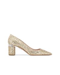 Zapatos de tacón de lentejuelas dorados de Miu Miu