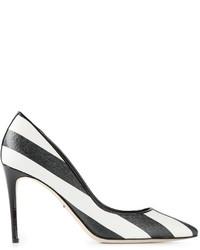 Zapatos de tacón de rayas horizontales en blanco y negro