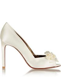 Zapatos de tacón de satén blancos