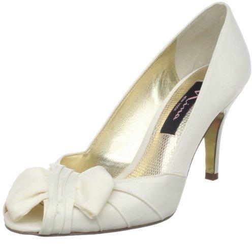 Zapatos de tacón de satén blancos de Nina