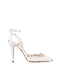 Zapatos de tacón de satén blancos de Sarah Flint