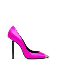 Zapatos de tacón de satén con adornos rosa de Saint Laurent