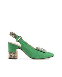 Zapatos de tacón de satén verdes de Gucci