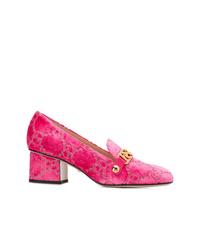 Zapatos de tacón de terciopelo rosa