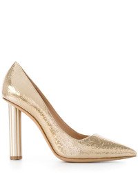 Zapatos de tacón dorados de Salvatore Ferragamo