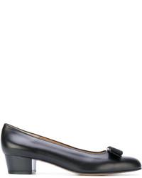 Zapatos de tacón negros de Salvatore Ferragamo