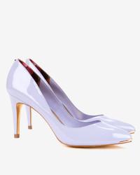 Zapatos de tacón violeta claro