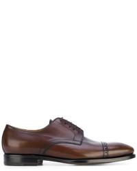 Zapatos derby de cuero en marrón oscuro de Kiton
