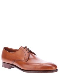 Zapatos derby de cuero marrón claro de Crockett Jones
