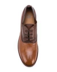 Zapatos derby de cuero marrónes de Moma