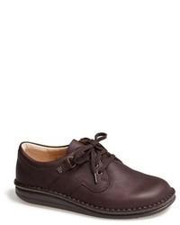 Zapatos en marrón oscuro