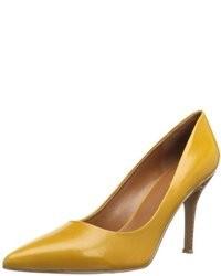 Zapatos mostaza