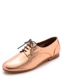 Zapatos oxford de cuero dorados