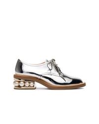 Zapatos oxford de cuero plateados de Nicholas Kirkwood
